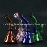 Glänzende Schädel-Form-Leuchtstoff grüne Farben-rauchendes Wasser-Glasrohr
