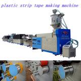 Überschüssiger Plastik, der Maschine herstellend gurtet