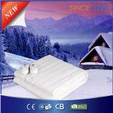 겨울에 있는 침대를 데우는 전기 폴리에스테 침대용 깔개