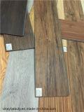 La UE de madera del suelo del tecleo del PVC del azulejo prueba