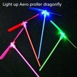 Il LED illumina il giocattolo Aero in su volante dei puntelli