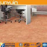 Pavimento di pietra autoadesivo del PVC del grano per la casa
