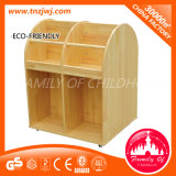 Preschool를 위한 아이 Movable Shelf Log Wood Cabinet