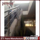 Pasamanos de acero de la escalera exterior (DMS-B2213)