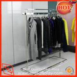 Porte-manteaux pour vêtements de détail