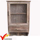 Gabinete de parede de madeira da porta decorativa antiga do engranzamento com ganchos