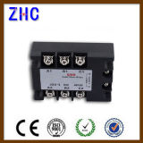 AC triphasé à AC 90-280VAC au relais noir du relais semi-conducteur SSR de 480VAC 15A avec du ce