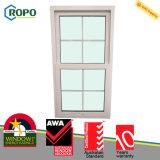 Окно UPVC пластичное вертикальное сползая стеклянное с конструкциями решетки