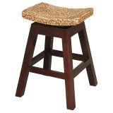 木のバースツールの椅子かレストランの家具