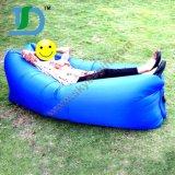 容易の新式の携帯用空気ソファーは運ぶ
