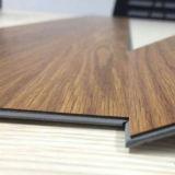 Gemakkelijk klik Plastic Bevloering van de Kwaliteit van de Vloeren van pvc de Vinyl Uitstekende