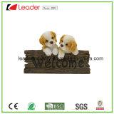 Polyresin歓迎された犬の壁のプラクの彫像