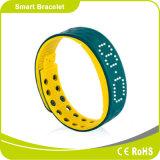 Etapas e distância moventes da caloria do traço do indicador da tâmara do tempo 24 horas que monitoram o bracelete alerta esperto do esporte