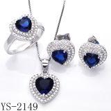 Комплект ювелирных изделий CZ сапфира сердца ювелирных изделий способа голубой