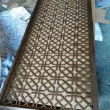 Het Chinese Roestvrij staal die van de Verdeler van de Zaal van het Metaal van de Kleur van de Stijl Gouden het Scherm van de Verdeling van het Scherm vouwen