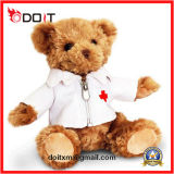 Плюшевый медвежонок доктора Формы доктора заполненный плюшевым медвежонком плюша