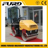 Conduite de qualité sur le double tambour rouleau de route de 2 tonnes (FYL-900)