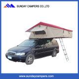 Doppelter Schlafsack im Auto-Dach-Zelt