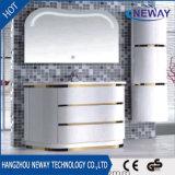 シンプルな設計LEDミラーのタイプ現代浴室用キャビネット
