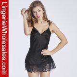 섹시한 여자의 레이스와 에뮬레이션 실크 결박 잠옷 란제리 세트