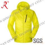 Водоустойчивая и Breathable куртка лыжи (QF-6082)