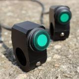 12V 16AはオートバイスイッチCNCのアルミ合金スイッチハンドルバーのヘッドライト3ワイヤー防水スイッチ緑色航法燈を防水する