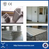 Porta do PVC e máquina plásticas da janela