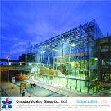 ISOの証明の淡いブルーか濃紺または灰色の反射ガラス