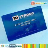 신용 카드 정보 안전을%s 카드를 막는 RFID를 반대로 거칠게 자르기