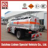 작은 연료 유조 트럭 6 Cbm 기름 Bowser 5t 기름 트럭 Rhd