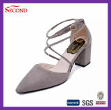 Zapatos populares de las mujeres del cuero genuino