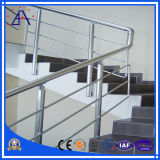 Garantie clôturant pour l'escalier de construction avec beaucoup de couleurs