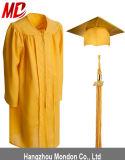 Robe brillante de graduation d'or pour le jardin d'enfants