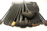 24 balais noirs classiques de renivellement de traitement de type portatif de parties