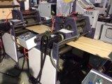 Papierbeutel, der Maschine mit D-Henkel in der Zeile herstellt