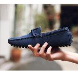 人および女性のための牛スエード駆動機構のなまけ者の靴