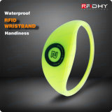 Colours luminoso Variable Data Wristbands RFID Smart Bracelet per Events