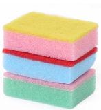 Тарелки очищают губку для кухни, ежедневной пользы, широко используют, целесообразно для работы чистки