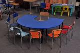 유치원 교실 가구 의자를 가진 대중적인 아이들 테이블