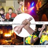 De draagbare Draadloze Microfoon van de Karaoke, de Speler van de Spreker Bluetooth voor Muziek die thuis Zingend de Reis van de Partij KTV Openlucht, past aan Androïde iPhone van de Appel aan spelen