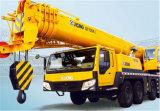XCMGの構築機械装置Qy100kトラック100トンのクレーン
