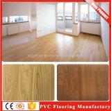 Prix de plancher imperméable à l'eau commercial de vinyle de PVC de PVC d'étage en bois pour différentes places
