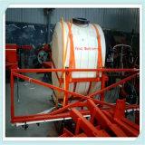 O trator montou o pulverizador 3W-500 do crescimento para o uso da agricultura