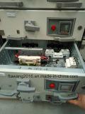 Het poeder bedekte het ElektroKabinet van de Distributie van de Doos met een laag