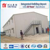 el panel de emparedado del vidrio de fibra de 50m m y casa prefabricada del trabajo de la estructura de acero para la construcción