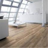 4mmのベストセラーの積層木は灰色PVCビニールの床を好む