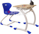 Round Steel Frame를 가진 4 다리 Traditional Single Student Desk와 Chair