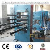 Gummifußboden-Fliese-vulkanisierenmaschine, Gummifliese, die Maschine herstellt