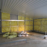 Il pollame prefabbricato alloggia con l'attrezzatura di produzione