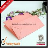 Los bolsos de compras de papel con las manetas venden al por mayor el bolso con venta de la fábrica de la impresión de la insignia directo